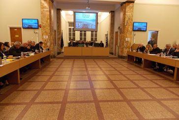 Ποιες αλλαγές σε δημοτικά & περιφερειακά συμβούλια πρωωθεί η νέα Κυβέρνηση