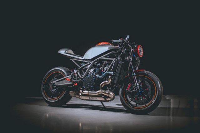elliniki-motosikleta-dcr-017
