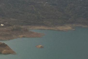 «Στράγγιξε» αλλά παραμένει πανέμορφη η Ευηνολίμνη