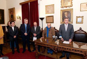 Στην αναγόρευση του Αλέκου Φασιανού σε Επίτιμο Δημότη Κέρκυρας ο δήμαρχος Ναυπακτίας