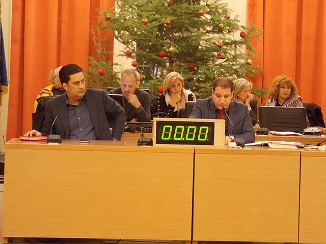 Νέες έριδες στο δημοτικό συμβούλιο για τα ρέματα και διαξιφισμοί Καλαντζή-Τραπεζιώτη