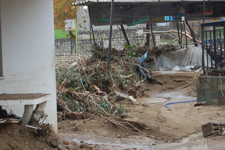 katastrofes_mesolloggi (2)