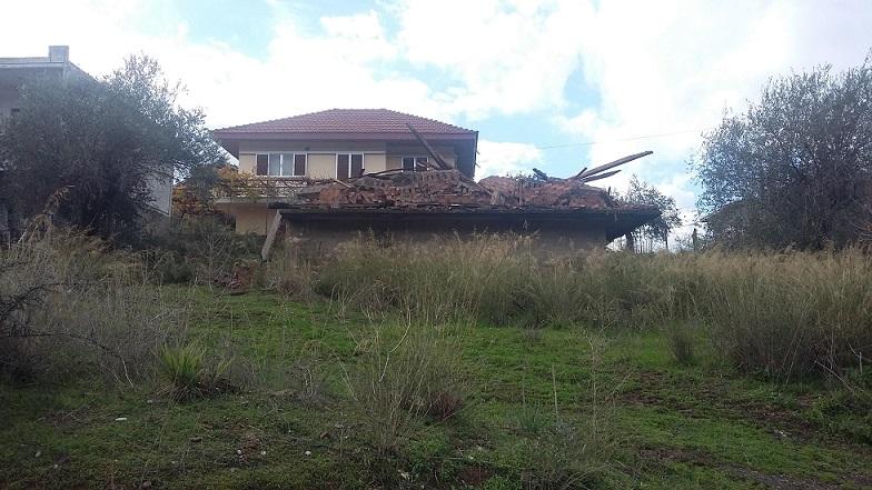 Απίστευτο: Kατεδάφισαν λάθος σπίτι στα Τριαντέικα Αγρινίου!