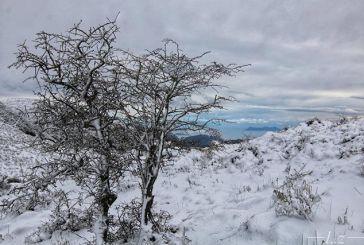 Έπεσαν τα πρώτα χιόνια στην Λευκάδα