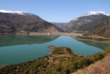 Χειμερινές εικόνες της τεχνητής Λίμνης Ευήνου
