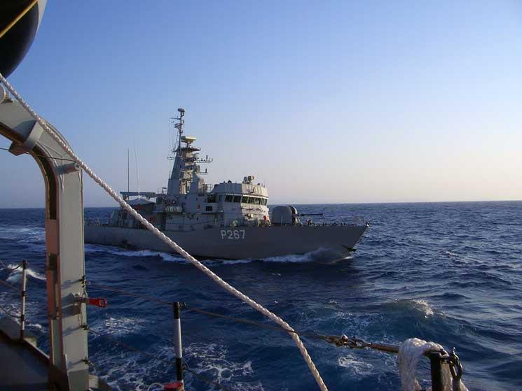 Τουρκική ακταιωρός πραγματοποίησε επικίνδυνο ελιγμό την ώρα που η κανονιοφόρος «Νικηφόρος» βρισκόταν σε προγραμματισμένη περιπολία στην περιοχή των Ιμίων, με αποτέλεσμα να υπάρξει επαφή των δύο πλοίων. (Φωτογραφία: Ελληνικά Πρακτορεία (Ευρ.))