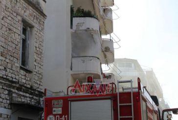 Φωτιά σε πολυκατοικία στο κέντρο του Μεσολογγίου