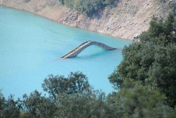 Το γεφύρι (του Μανώλη) που εμφανίζεται και εξαφανίζεται