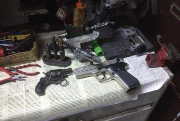 Πάτρα: Εντοπίστηκαν δύο εργαστήρια κατασκευής και συναρμολόγησης όπλων