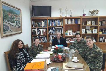 Στρατιωτικοί γιατροί εξετασαν κατοίκους οριενών χωριών του Θέρμου