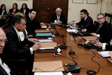 Σκοπιανό: Δεν θα γίνει δημοψήφισμα – Αντιδράσεις από Μητσοτάκη, Καμμένο, Εκκλησία