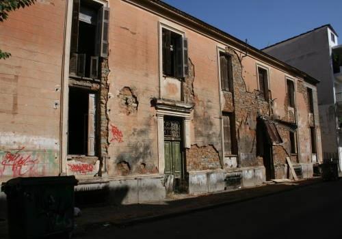 Σχέδιο αξιοποίησης των βιομηχανικών κτηρίων καπνού στο Αγρίνιο ζητούν βουλευτές του ΣΥΡΙΖΑ