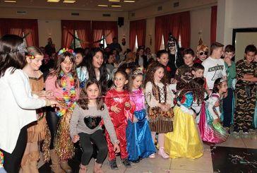 Αποκριάτικο πάρτι του Συλλόγου Γονέων και Κηδεμόνων του 2ου Δημοτικού Σχολείου Νεάπολης