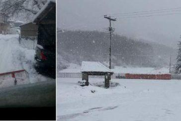 Χιονιάς στα ορεινά, καταιγίδες στην υπόλοιπη χώρα -Πού χτυπά η Ιοκάστη