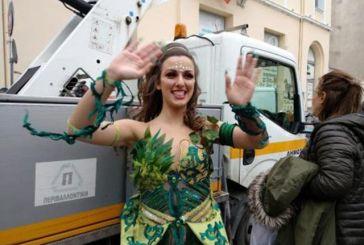 Live η μεγάλη παρέλαση του Πατρινού Καρναβαλιού