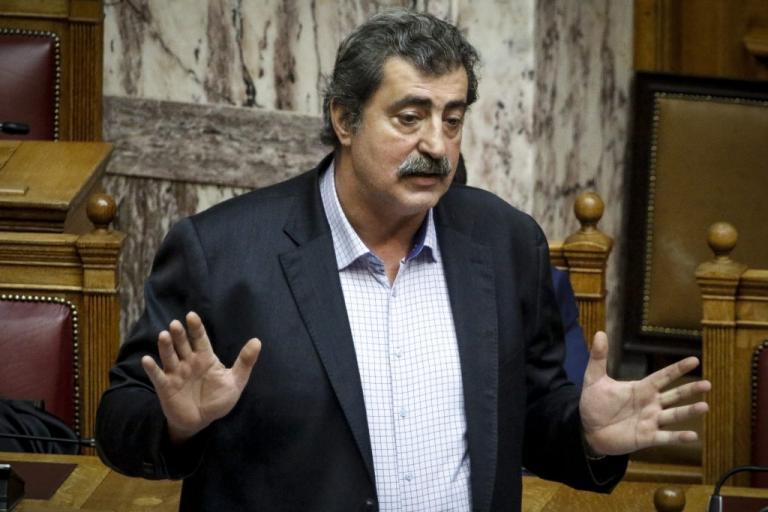 """Πολάκης καλεί Κικίλια να παύσει τον διοικητή της 6ης ΥΠΕ για τις """"σκανδαλώδεις προμήθειες"""""""