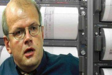 Έχασε το αεροπλάνο που έπεσε στο Ιράν και σώθηκε από θαύμα ο Πατρινός σεισμολόγος Άκης Τσελέντης