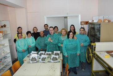 Οι εκπαιδευόμενοι του Εργαστηρίου «Παναγία Ελεούσα» κατασκεύασαν πήλινες φωλιές για τα χελιδόνια