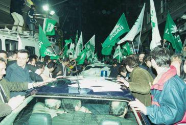 Εκλογές 2000: Η νύχτα του μεγαλύτερου εκλογικού τρολαρίσματος στην Ελλάδα (video)
