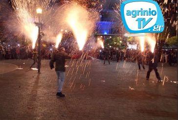 Δείτε από το AgrinioTV τη συνάντηση των Επιταφίων και το έθιμο των χαλκουνιών!