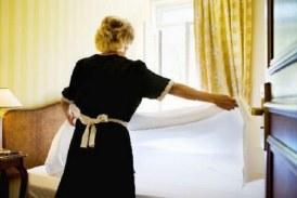 Ζητείται μπουφετζού/καμαριέρα για σεζόν από εστιατόριο/ενοικιαζόμενα δωμάτια στο Φισκάρδο Κεφαλονιάς