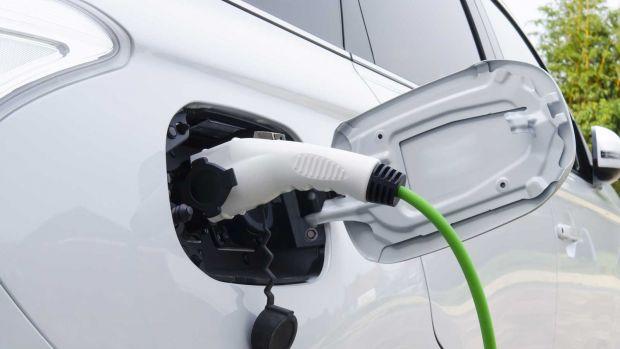 Πρωτιά για την Ιόνια Οδό με Σταθμούς Φόρτισης ηλεκτρικών οχημάτων σε όλα τα ΣΕΑ