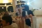 Γαμπρός στην Αμφιλοχία σταματάει το γλέντι και τραγουδάει τον ύμνο του Παναθηναικού! (video)