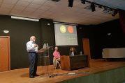 Ομιλίες του αστροφυσικού Διονύση Σιμόπουλου στο Θέρμο και στο Μεσολόγγι