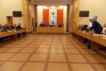 Το Δημοτικό Συμβούλιο Αγρινίου και οι σταθερές του