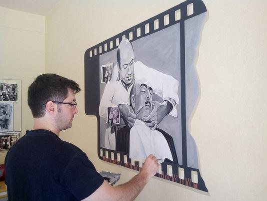 """Εδώ ο καλλιτέχνης(υπογράφει ως""""okso81"""") επί το έργον…"""