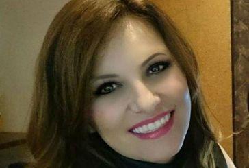 Πανελλήνιες 2018: Σάρωσε στα 38 της και τώρα ποζάρει χαμογελαστή