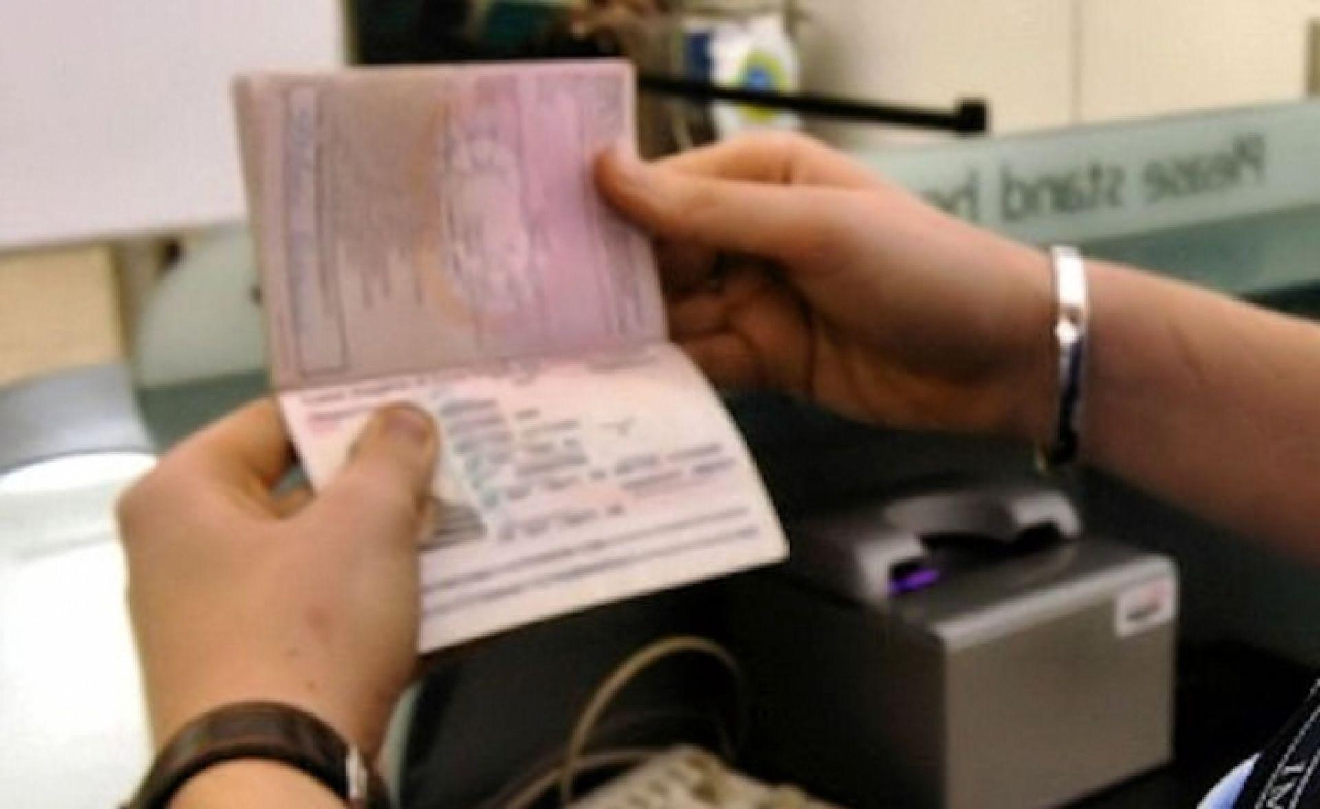 Σύλληψη αλλοδαπού στο αεροδρόμιο Ακτίου