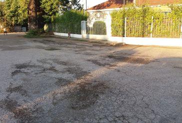 Καλύβια: Αναγκαία η συντήρηση οδών κοντά στο «Χαμόγελο του Παιδιού»