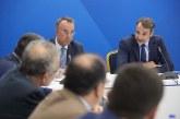 Με νέο look ο Κυριάκος Μητσοτάκης συνάντησε τη Συντονιστική των Προέδρων των Δικηγορικών Συλλόγων