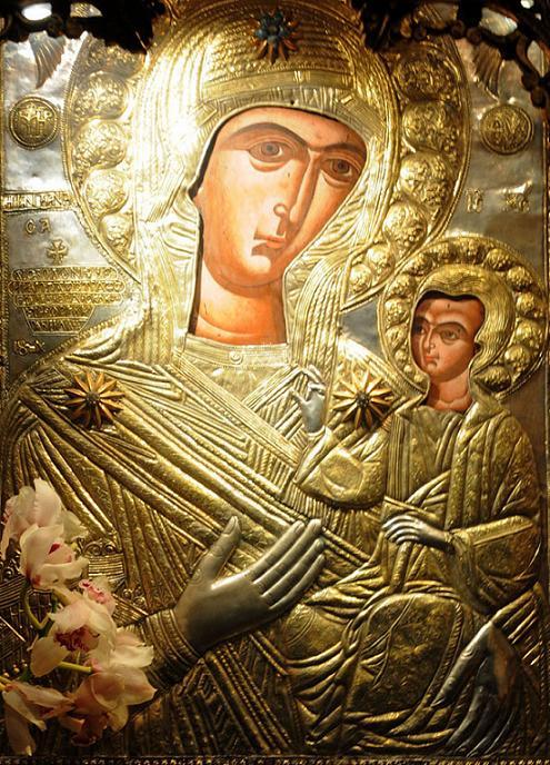 Η Παναγία η Προυσιώτισσα σώζει το Αγρίνιο- Εορτάζει η Αγία Τριάδα Αγρινίου