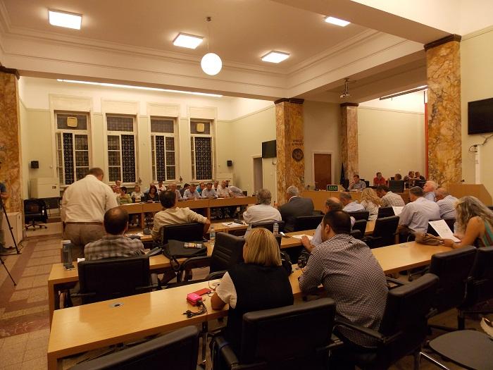 Νέα αντιπαράθεση στο δημοτικό συμβούλιο Αγρινίου για την υδροληψία στη Στράτο