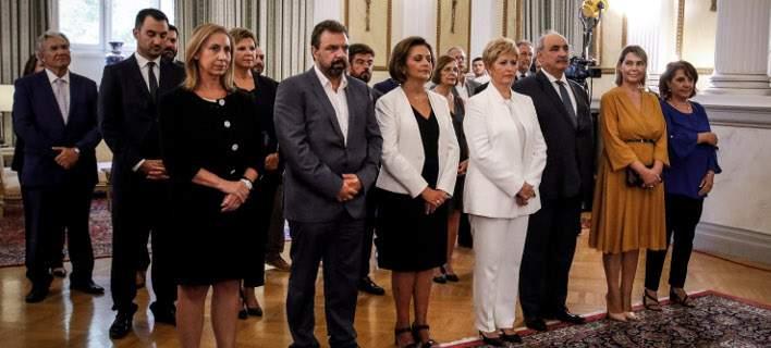 Ορκίστηκαν οι 19 νέοι υπουργοί