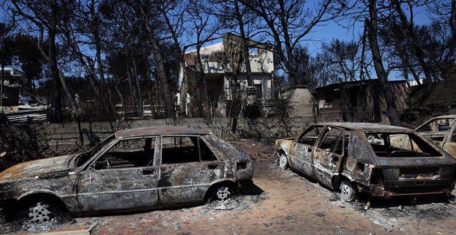 Στους 94 οι νεκροί από τη φονική πυρκαγιά – Εξέπνευσε 57χρονη