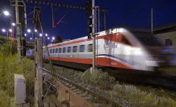 Έφτασε το «ασημένιο βέλος»: Αθήνα -Θεσσαλονίκη σε 3,5 ώρες