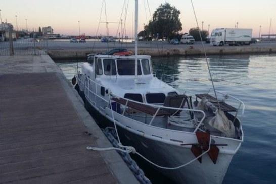 Μπλόκο στη θαλάσσια περιοχή της Παλιοβούνας στη μεταφορά 57 μεταναστών-τρεις συλλήψεις (φωτο)