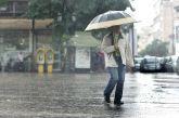 Προ των πυλών η κακοκαιρία: «Βουτιά» 10 βαθμών στη θερμοκρασία, καταιγίδες και χιόνια
