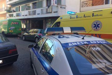 Ανήλικα αδέρφια έπεσαν από μπαλκόνι στο κέντρο του Αγρινίου