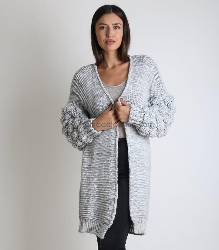Υποδέξου τον χειμώνα με τα πιο fashionable γυναικεία πλεκτά ... 0ad401f8258