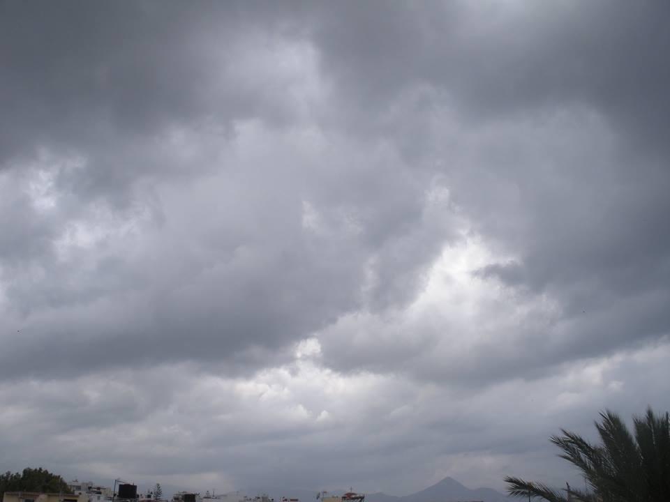 Καιρός: Με 35 βαθμούς & τοπικές συννεφιές μπαίνει ο Σεπτέμβριος