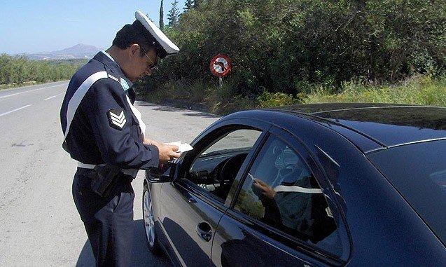 Οδηγούσαν χωρίς διπλώματα και συνελήφθησαν σε Μεσολόγγι και Αιτωλικό