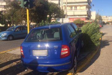 Αγρίνιο: Σύγκρουση οχημάτων στον κόμβο Αγίου Δημητρίου με τραυματισμό μιας οδηγού