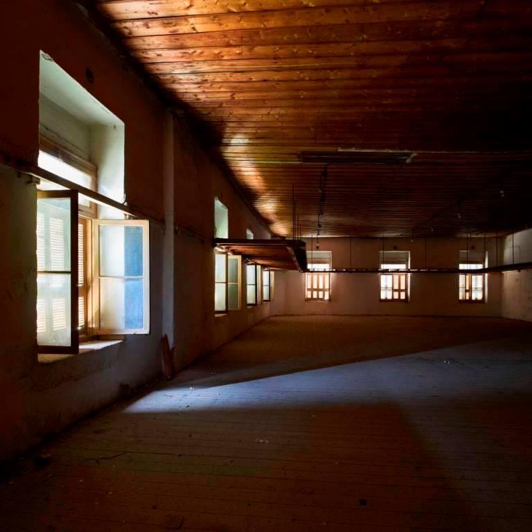 """""""Καπναποθήκες Παπαστράτος – πορεία στο φως και στον χρόνο"""""""