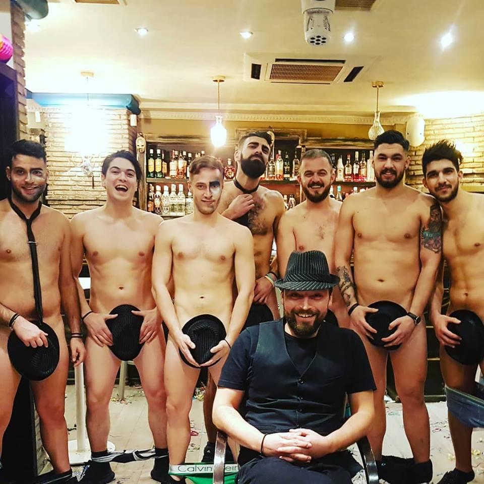 «Άντρες έτοιμοι για όλα» σε cafe-bar του Αγρινίου