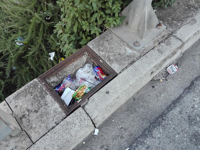 Αγρίνιο: Παράπονα για την καθαριότητα στην οδό Δελφών