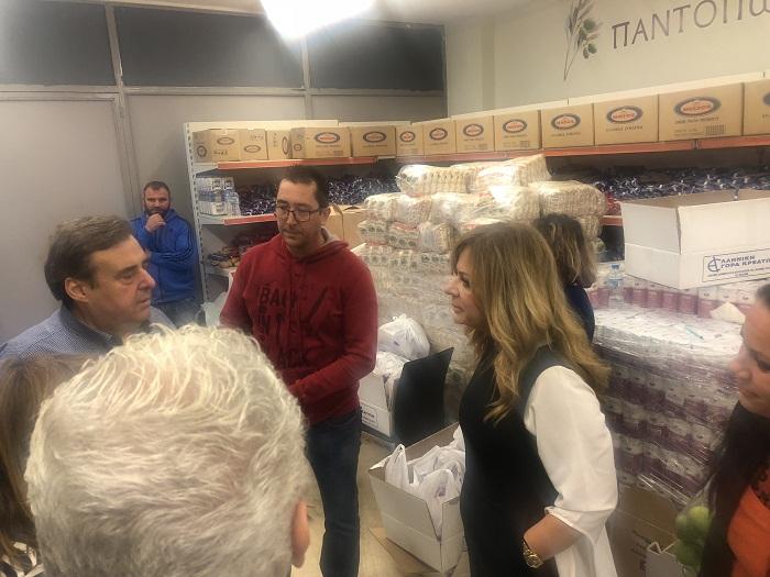 Συνεχίζεται η διανομή τροφίμων σε δικαιούχους ΤΕΒΑ στην Αιτωλοακαρνανία
